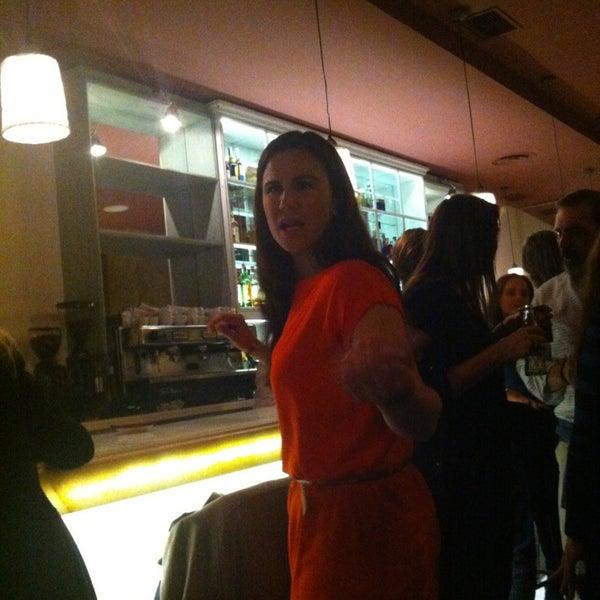 Foto tomada en a.n.E.l. Tapas & Lounge Bar por Zula 7. el 3/16/2013