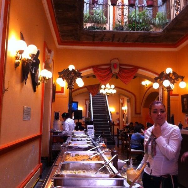 Foto tomada en Casa Real Poblana por Jose-Maria V. el 9/13/2014