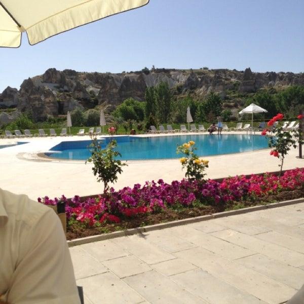 6/2/2013 tarihinde Nuh B.ziyaretçi tarafından Tourist Hotels & Resorts Cappadocia'de çekilen fotoğraf