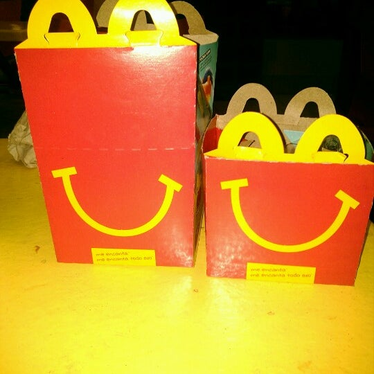 Photo taken at McDonald's by Wicho R. on 2/10/2013