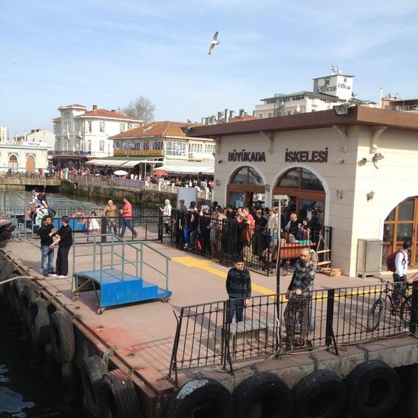 Photo taken at Büyükada Mavi Marmara Motor İskelesi by Elchito Gonzales on 3/31/2013
