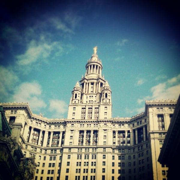 Photo taken at NYC Municipal Building by Darius A. on 5/9/2013
