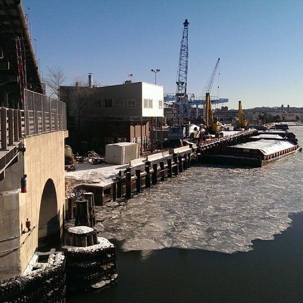 Photo taken at Hamilton Avenue Bridge by Darius A. on 1/24/2014