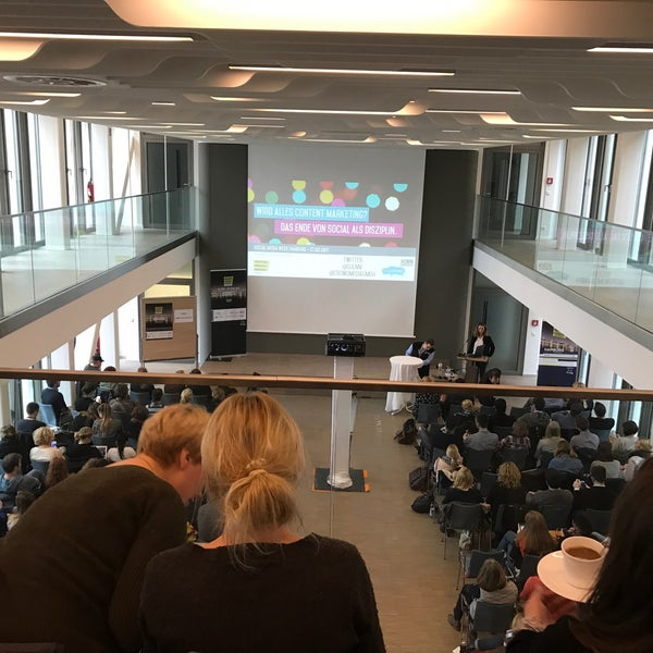 Photo taken at Hamburg Chamber of Commerce by Karim A. on 2/27/2017
