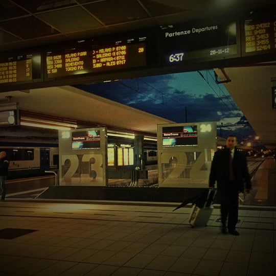 Photo taken at Napoli Centrale Railway Station (INP) by Francesco S. on 11/28/2012