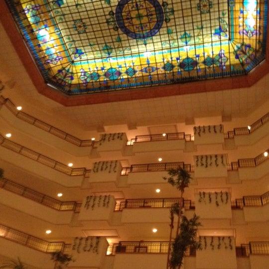 Lindo Hotel y rápido Check in ....Esta en una zona Hotelera frente al Hyatt!!!