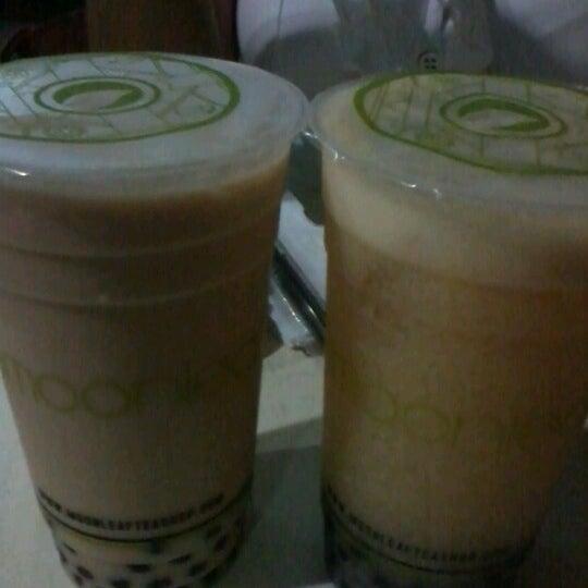 Photo taken at Moonleaf Tea Shop by joann L. on 10/18/2012