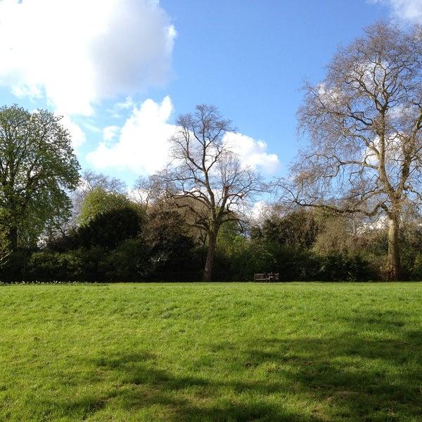 Photo taken at Kensington Gardens by Hussain A. on 4/27/2013