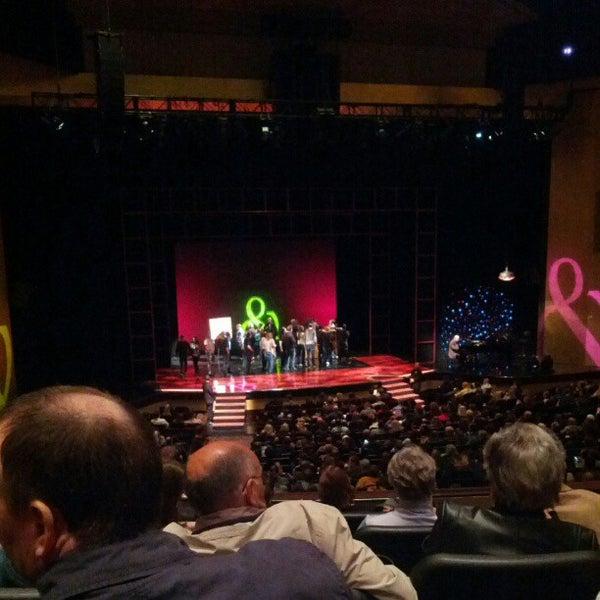 Foto tomada en Penn & Teller Theater por Frank E. el 2/18/2013
