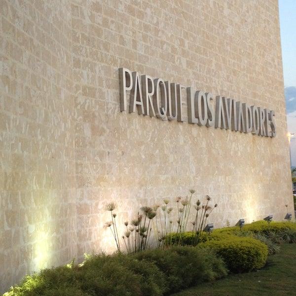 Foto tomada en C.C. Parque Los Aviadores por Yuri Fco. V. el 5/24/2014