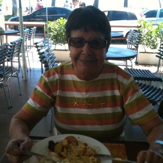 Foto tirada no(a) Anamá Restaurante por Hamilton S. em 10/28/2012