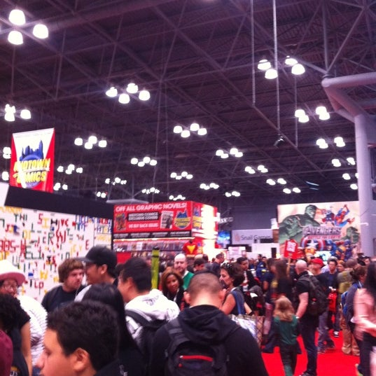 Photo taken at New York Comic Con 2012 by Johnny B. on 10/14/2012