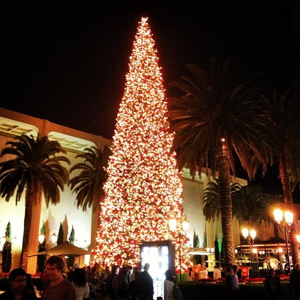 Photo taken at Fashion Island by Andrew S. on 11/25/2012