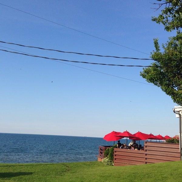 Photo taken at Lake House Restaurant by Daniel B. on 6/27/2014