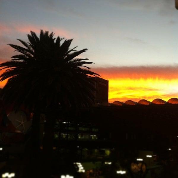 Foto tomada en Universidad La Salle por Fernando M. el 2/27/2013