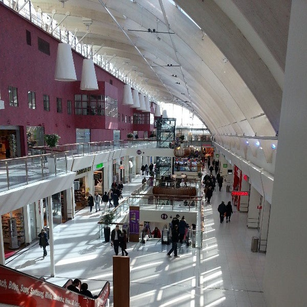 picard mall of scandinavia