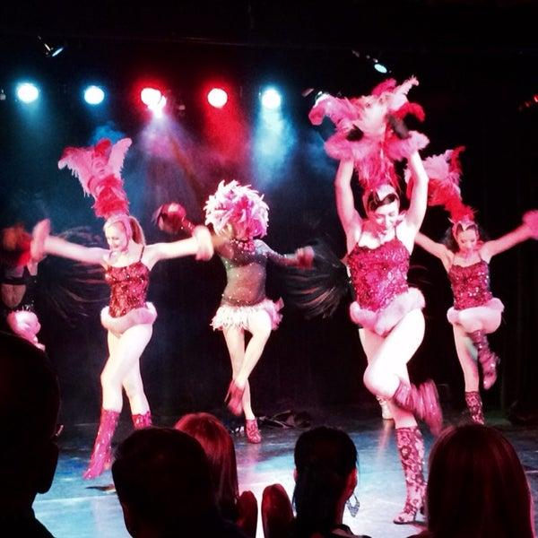 Снимок сделан в Театр-кабаре на Коломенской/ The Private Theatre and Cabaret пользователем Maria Q. 4/4/2014