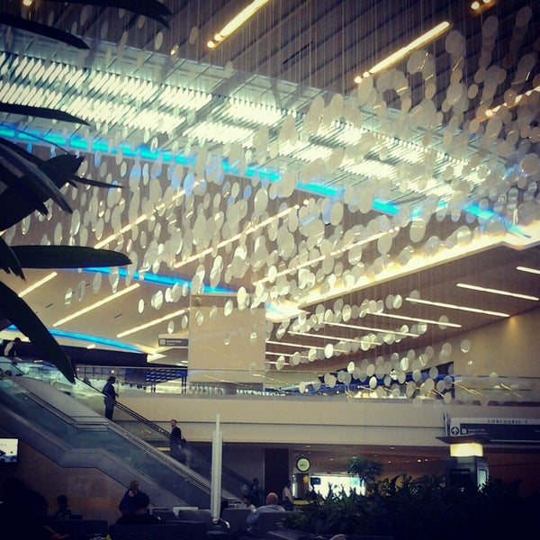 Photo taken at Hartsfield-Jackson Atlanta International Airport (ATL) by Viviana S. on 6/19/2013