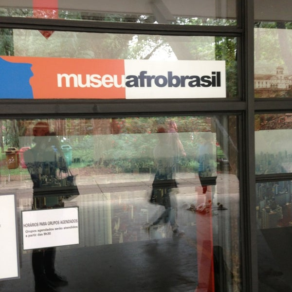 Foto tirada no(a) Museu Afrobrasil por Anna D. em 3/23/2013