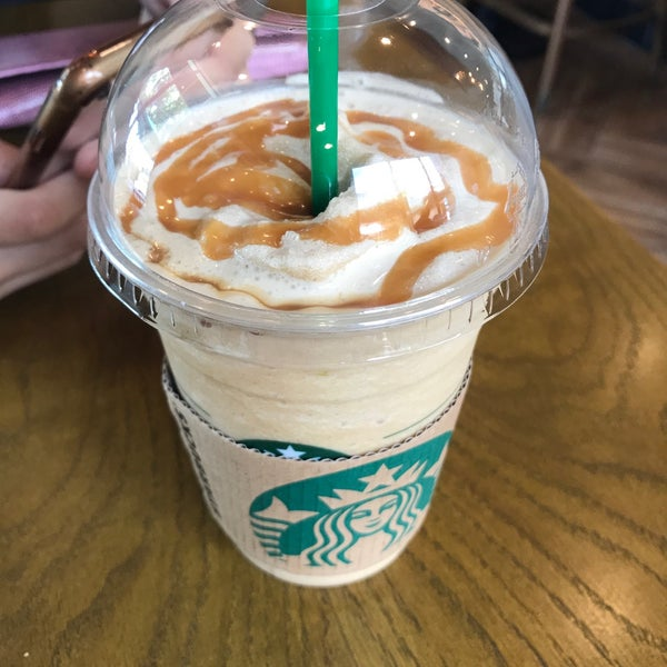 Photo taken at Starbucks by Earth T. on 5/14/2017