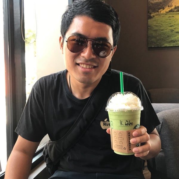Photo taken at Starbucks by Earth T. on 7/30/2017