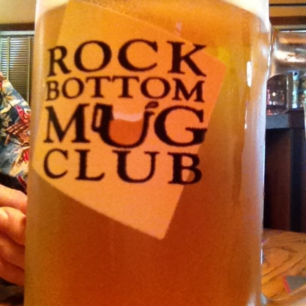 Photo taken at Rock Bottom Restaurant & Brewery by Ann S. on 8/10/2013