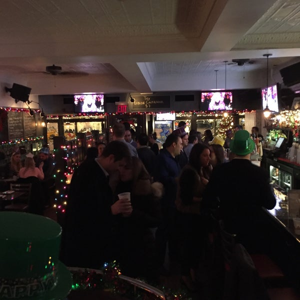 Photo taken at Baker Street Pub by Osvaldo R. on 1/1/2016
