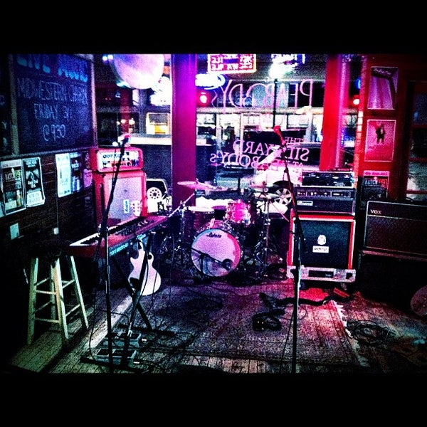 Photo taken at Peabody's Ale House by Hero Jr on 3/2/2013