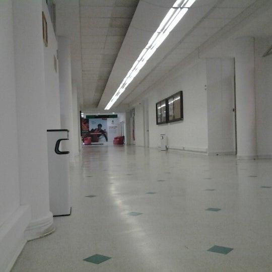 Foto tomada en Universidad Andrés Bello por Nicole B. el 3/12/2013