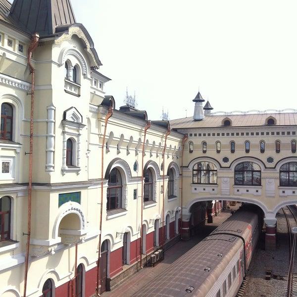 Photo taken at Железнодорожный вокзал Владивостока / Vladivostok Railway Station by Jennie S. on 4/21/2013