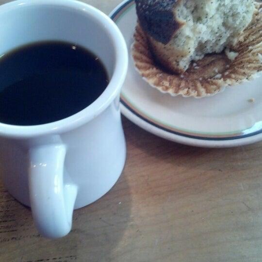 11/25/2012 tarihinde Jeffery F.ziyaretçi tarafından Random Order Pie Bar'de çekilen fotoğraf