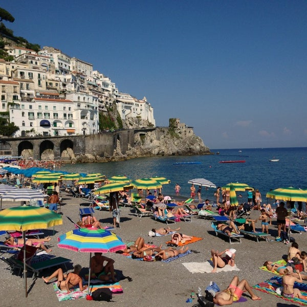 Where's Good? Holiday and vacation recommendations for Amalfi, Италия. What's good to see, when's good to go and how's best to get there.