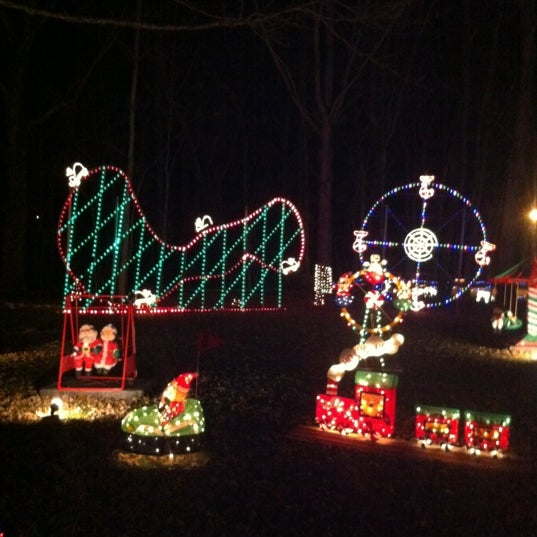 photo taken at pilot mountain christmas extravaganza by bonnie s on 127