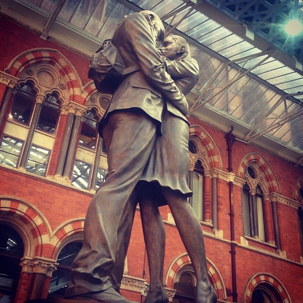 Photo taken at London St Pancras International Railway Station (STP) by Helen K. on 9/23/2013