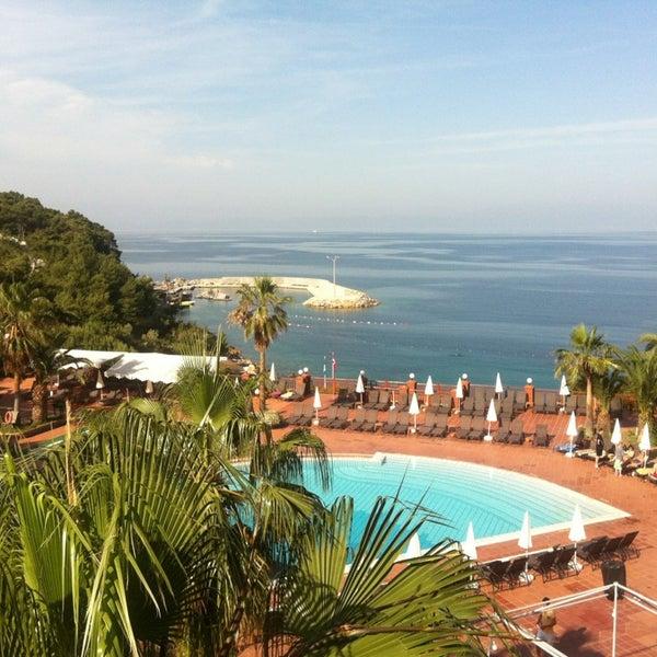 5/19/2013 tarihinde Zelis Y.ziyaretçi tarafından Pine Bay Holiday Resort'de çekilen fotoğraf