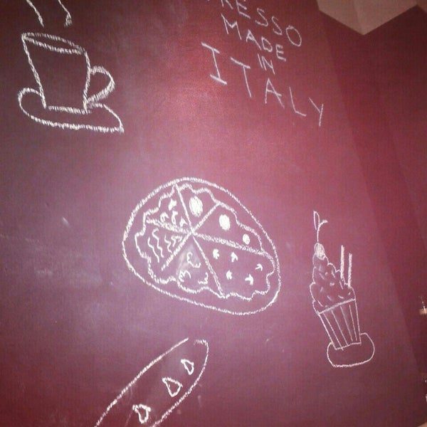 Photo taken at Pizzicotto by Anna C. on 4/26/2014
