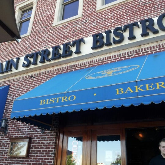 Photo taken at Main Street Bistro and Bakery by Concord G. on 10/18/2012
