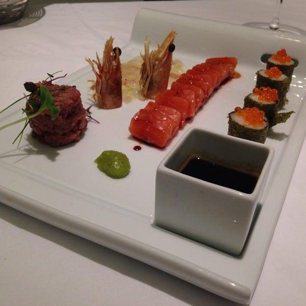 Foto tomada en M29 Restaurante Hotel Miguel Angel por vexerina C. el 11/22/2013