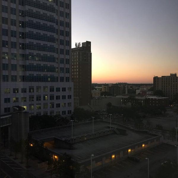 Photo taken at Verizon by Zamarina P. on 11/11/2015