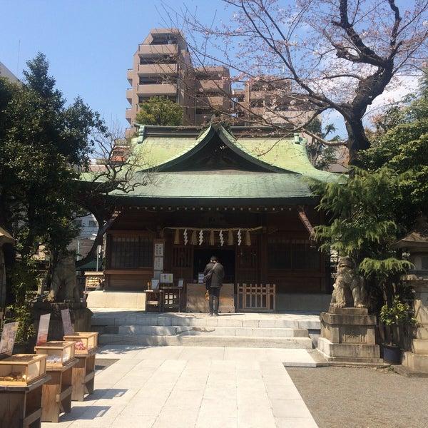 Photo taken at 大塚天祖神社 by satoshi on 4/3/2017