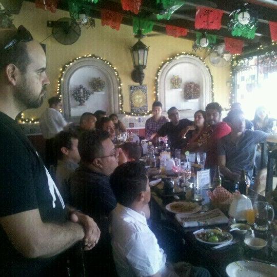 Foto tomada en La Parrilla Cancun por Juan T. el 12/15/2012