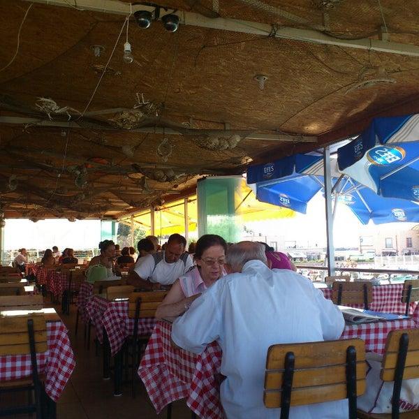 7/24/2013 tarihinde Gürsu G.ziyaretçi tarafından Balıkçılar Kahvesi'de çekilen fotoğraf
