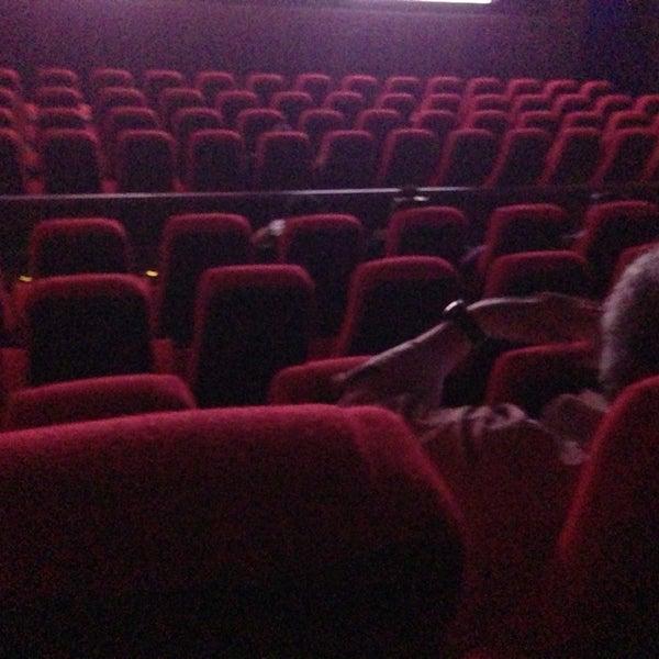 Foto tomada en Cine Hoyts por Raul C. el 8/18/2013