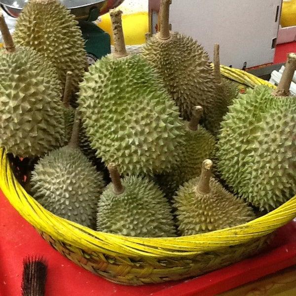 """Photo prise au """"Combat"""" Top Quality Durian par Artur S. le8/25/2013"""