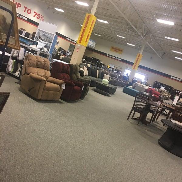 Charmant Photo Taken At John V. Schultz Furniture By Aubrey O. On 10/14