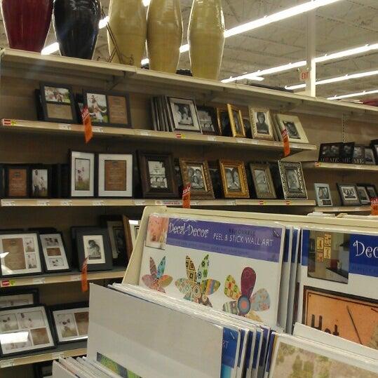Michaels arts crafts store in lexington for Michaels craft store salem oregon