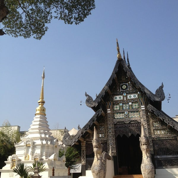 Photo taken at Wat Chedi Luang Varavihara by *JeweL* C. on 1/10/2013