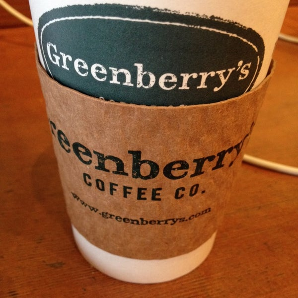 Photo taken at Greenberry's Coffee & Tea by Robert D. on 10/11/2013