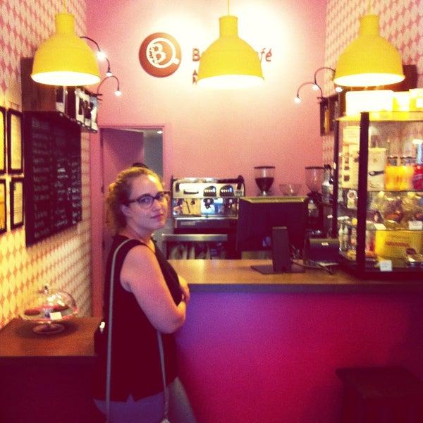 Foto tomada en Bertani Cafe por Benjamin B. el 7/24/2013