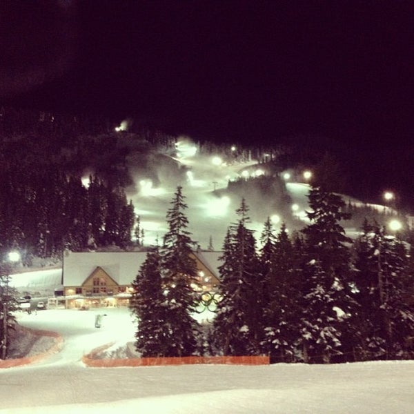 Photo taken at Cypress Mountain Ski Area by Dion D. on 1/14/2013